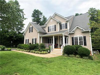 South Chesterfield Single Family Home For Sale: 14425 Pleasant Creek Drive
