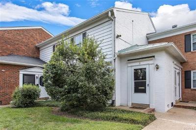 Richmond Condo/Townhouse For Sale: 9 Red Fox Lane