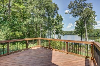 Chesterfield County Single Family Home For Sale: 5815 Harbour Hill Place