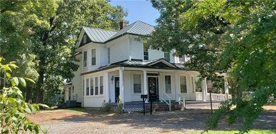 Hanover County Single Family Home For Sale: 17112 Mountain Road