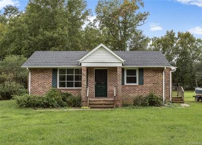 South Chesterfield Single Family Home For Sale: 20204 Laurel Road