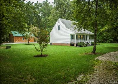 Powhatan County Single Family Home For Sale: 4397 Old Buckingham Road