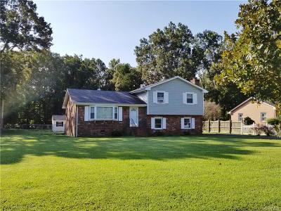 Chester Single Family Home For Sale: 4417 Carmel Drive