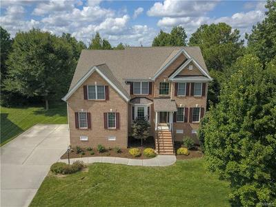 Chesterfield County Single Family Home For Sale: 5806 Trail Ride Drive