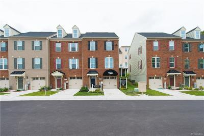 Chesterfield Condo/Townhouse For Sale: 305 Crofton Village Terrace #JF