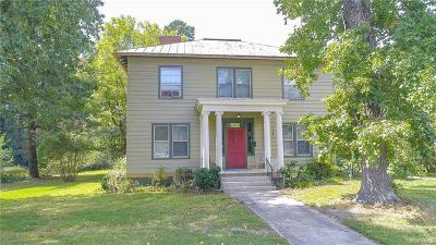 Petersburg Single Family Home For Sale: 1562 Berkeley Avenue