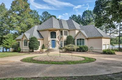Chesterfield Single Family Home For Sale: 8801 Whistling Swan Road