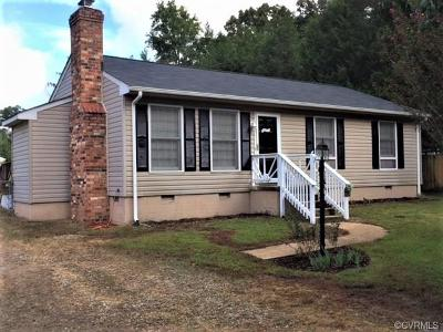 Chester Single Family Home For Sale: 5212 Oak Forest Drive