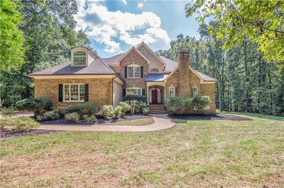 Powhatan County Single Family Home For Sale: 1604 Fallen Timber Trail