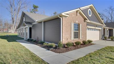 Chesterfield County Condo/Townhouse For Sale: 7624 Pocoshock Forest Drive