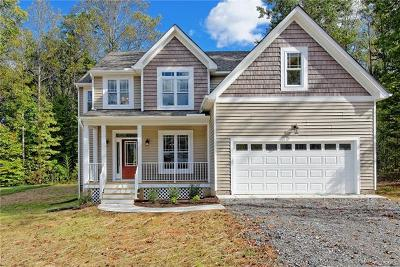 Chesterfield County Single Family Home For Sale: 15725 Chantry Drive
