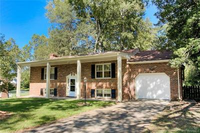 Colonial Heights Single Family Home For Sale: 1216 Covington Road