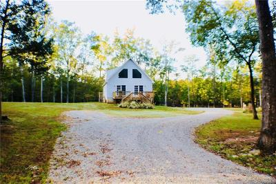 Powhatan Single Family Home For Sale: 3105 Blue Bell Farms Road