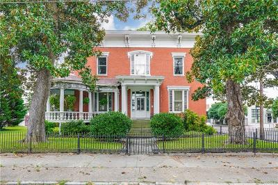 Petersburg Single Family Home For Sale: 204 South Market Street