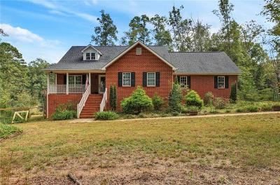 Powhatan County Single Family Home For Sale: 3200 Maidens Road