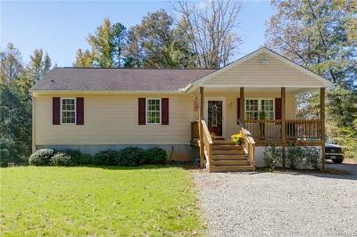 Powhatan Single Family Home For Sale: 2911 Trenholm Road