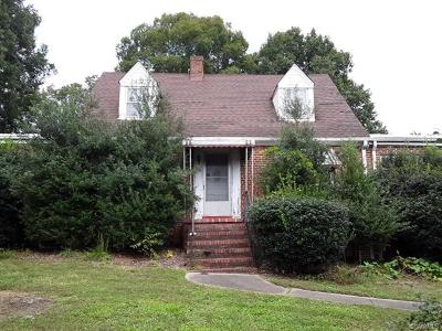 Chesterfield Single Family Home For Sale: 9100 Hull Street Road