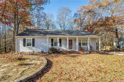 Chester Single Family Home For Sale: 11524 Chester Station Drive