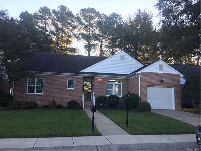 Chesterfield Single Family Home For Sale: 5707 Lakemere Drive