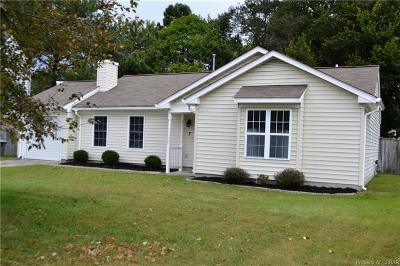 Hampton Single Family Home For Sale: 7 Easthill Court