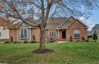 Chesterfield Single Family Home For Sale: 2608 Sugarberry Lane