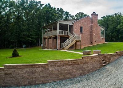 Powhatan Single Family Home For Sale: 2331 Millyard Circle