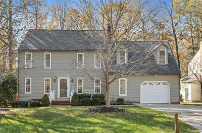 Chesterfield County Single Family Home For Sale: 11925 Mountain Laurel Drive