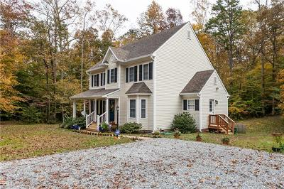 Goochland County Single Family Home For Sale: 4455 Halls Road
