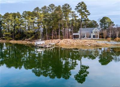 Single Family Home For Sale: 110 Compass Drive