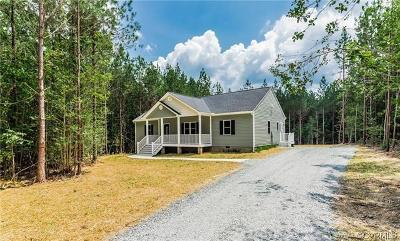 New Kent Single Family Home For Sale: 8645 Rock Cedar Road