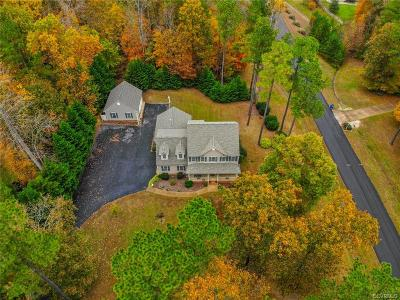 Chesterfield Single Family Home For Sale: 11100 Lyndenwood Drive