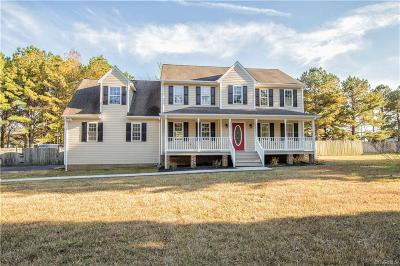 Chesterfield Single Family Home For Sale: 17425 Thornwood Lane