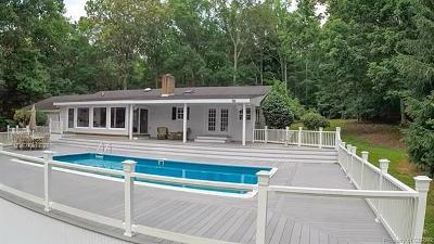 Single Family Home For Sale: 383 Edmonds Lane