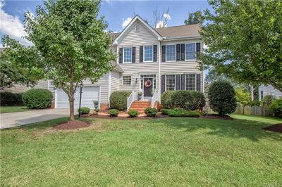 Midlothian Single Family Home For Sale: 14736 Rolling Spring Drive