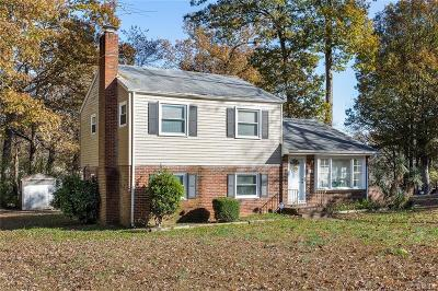 Chesterfield County Single Family Home For Sale: 6113 Meadowburm Drive