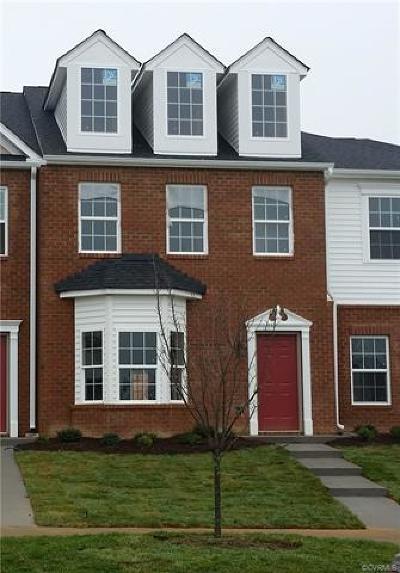 Hanover County Condo/Townhouse For Sale: 7388 Pebble Lake Drive #4