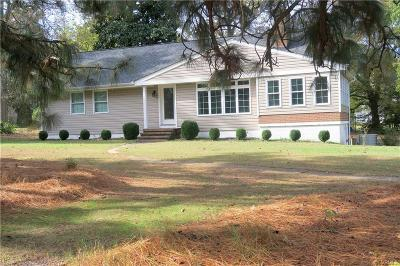 Hopewell VA Single Family Home For Sale: $164,900