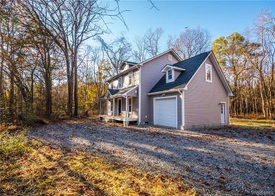 Powhatan Single Family Home For Sale: 240 Petersburg