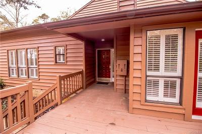 Chesterfield County Condo/Townhouse For Sale: 13552 Heathbrook Terrace
