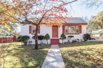 Single Family Home Sold: 2807 Milhorn Street