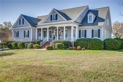 Middlesex County Single Family Home For Sale: 265 Mollys Way