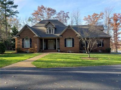 Hanover County Single Family Home For Sale: 13472 Lower Lakes Place