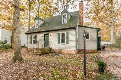Midlothian Single Family Home For Sale: 1924 Esquire Road