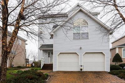 Hampton Single Family Home For Sale: 24 Channel Lane