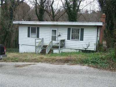 Single Family Home For Sale: 744 Jefferson Place