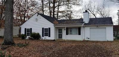 Chesterfield Single Family Home For Sale: 1805 Meadow Park Circle