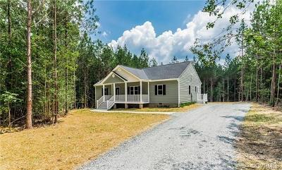 New Kent Single Family Home For Sale: 8645 Rock Cedar Road