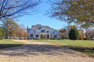White Stone Single Family Home For Sale: 270 Old Point Road