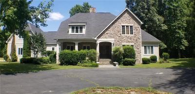 Hanover County Single Family Home For Sale: 15424 Pinehurst Forest Drive