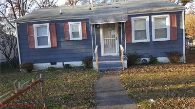 Single Family Home Sold: 2803 Berry Street